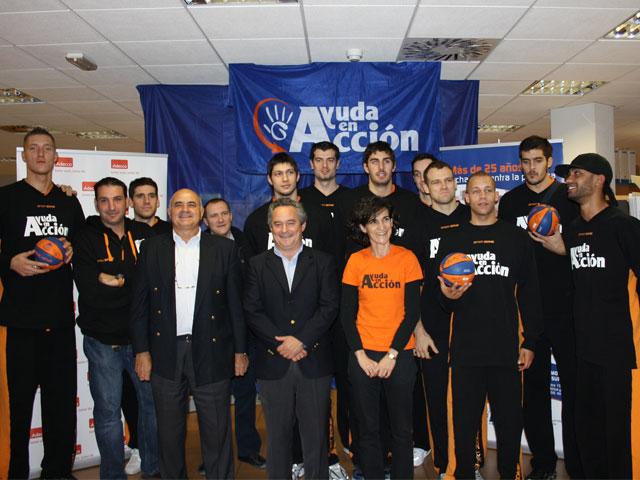 Ayuda en Acción juega en la cancha del Club Baloncesto de Fuenlabrada