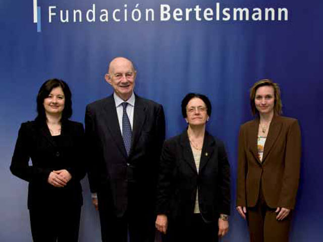 La Fundación Bertelsmann y la Universidad de Barcelona acuerdan investigar las motivaciones del compromiso social