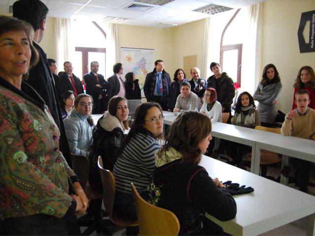 Inaugurada el aula informática 'Proyecto Stela'