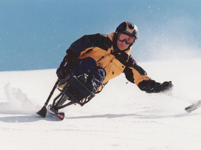 Deporte y Desafío y Fundación Barclays organizan un curso de esquí para personas con discapacidad