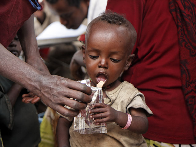 Millones de enfermos y civiles acosados por la violencia, ignorados por las agendas políticas