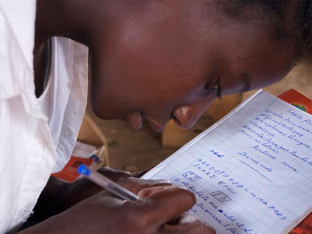 OKI Printing Solution reescribe el futuro de millones de niños
