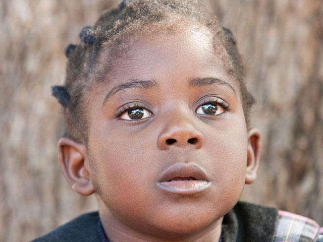 Healing Wings previene la ceguera infantil en Kenia