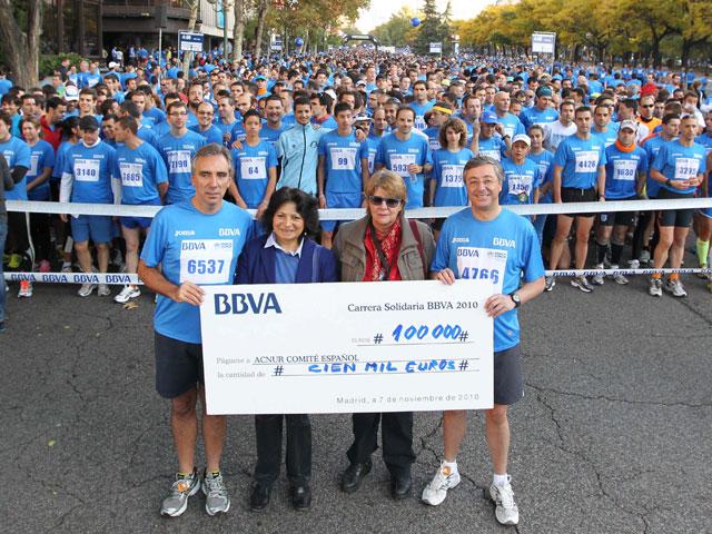 La III Carrera Solidaria de BBVA recauda más de 100.000 euros para Acnur
