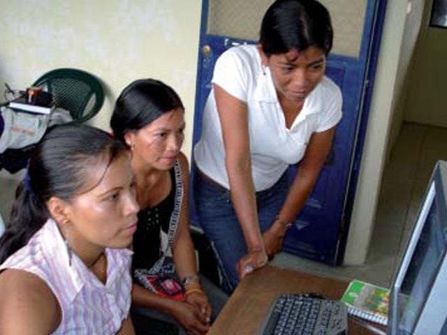 Repsol YPF Ecuador pone en marcha el primer colegio virtual iberoamericano