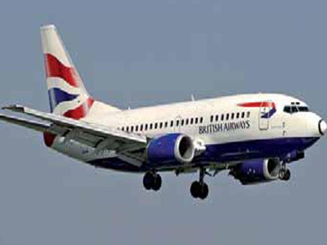 Activistas de Greenpeace impiden la salida de un vuelo de British Airways