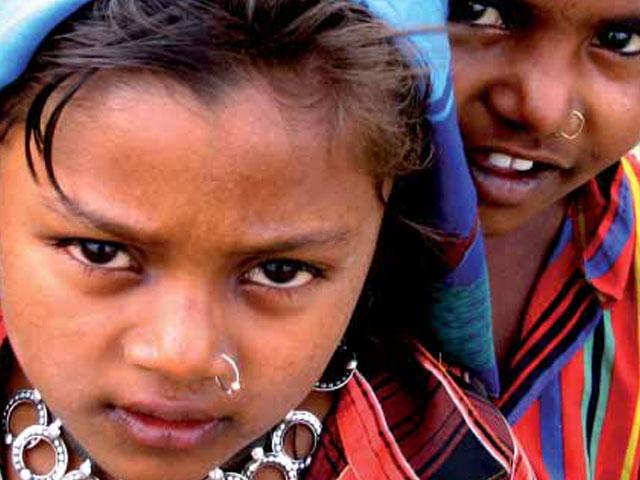 Spanair apoya el Proyecto 'Pune' de Intermón Oxfam