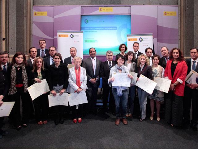 Dieciocho nuevas entidades se unen a la firma del Chárter de la Diversidad