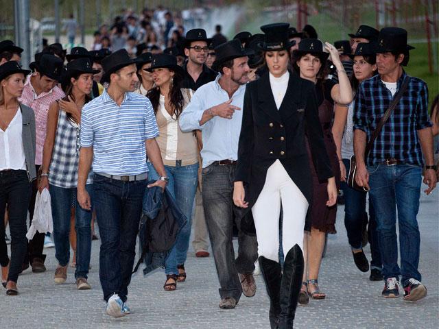 Más de mil personas se movilizan en Madrid para sumar pasos en favor proyectos colectivos