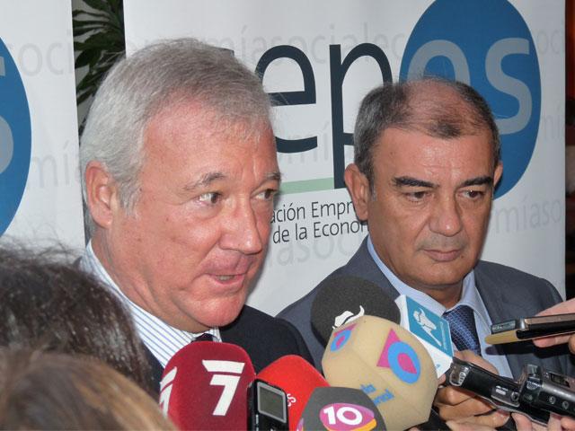 El presidente murciano sitúa a la economía social como ejemplo para enfrentar la crisis