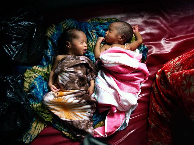 Miles de mujeres siguen muriendo por falta de atención médica en el parto