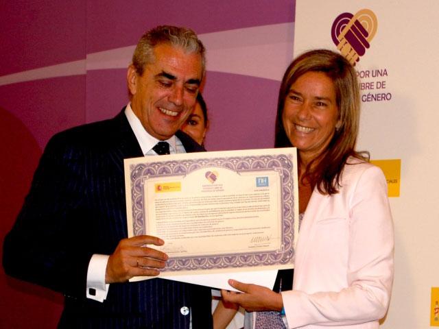 Ana Mato destaca la importancia del trabajo conjunto entre Estado y empresas para la sensibilización contra la violencia de género