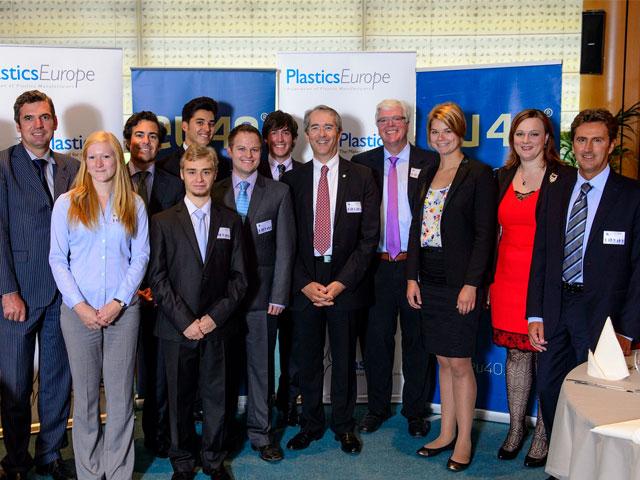 Los mejores estudiantes de Europa buscan soluciones al desempleo juvenil