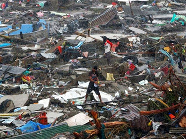 Emergencia en Filipinas a causa del tifón Haiyan