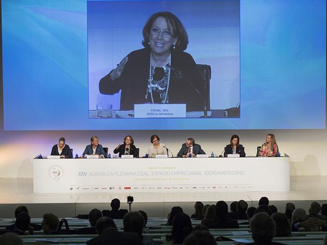 Las empresarias iberoamericanas piden compromiso social y personal para alcanzar la igualdad