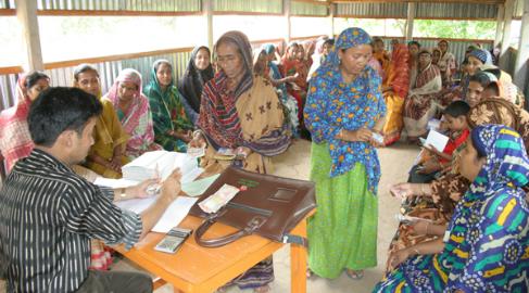 ¿Son transparentes las microfinanzas? Capítulo I