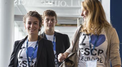 Escp Europe promueve la inclusión laboral de los refugiados sirios