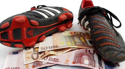 Nuevas formas de esclavitud en el deporte rey: la propiedad de terceros en el fútbol