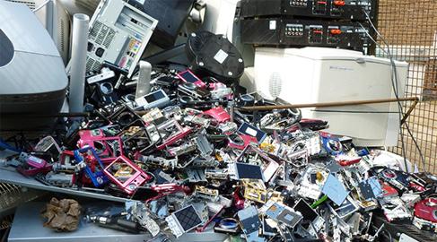 Ahogados por la basura electrónica