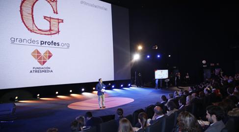 Fundación Atresmedia reúne a 1.500 'grandes profes' de toda España para reconocer su labor social