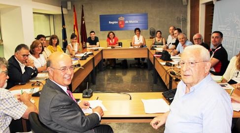 Primeras reuniones para poner en marcha los 'presupuestos participativos' en Murcia