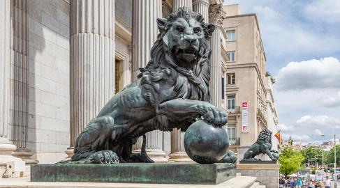 Las instituciones públicas continúan incumpliendo la normativa sobre publicación de contratos