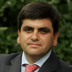 Foto de Juan Luis Martínez