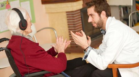 Enfermo y cuidador, protagonistas del Día Mundial del Alzheimer e inspiración para emprendedores