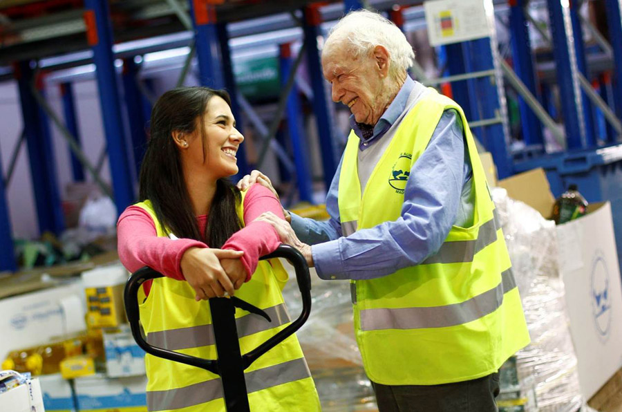 El voluntario más longevo del Banco de Alimentos de Madrid, Personaje Social del Año 2016