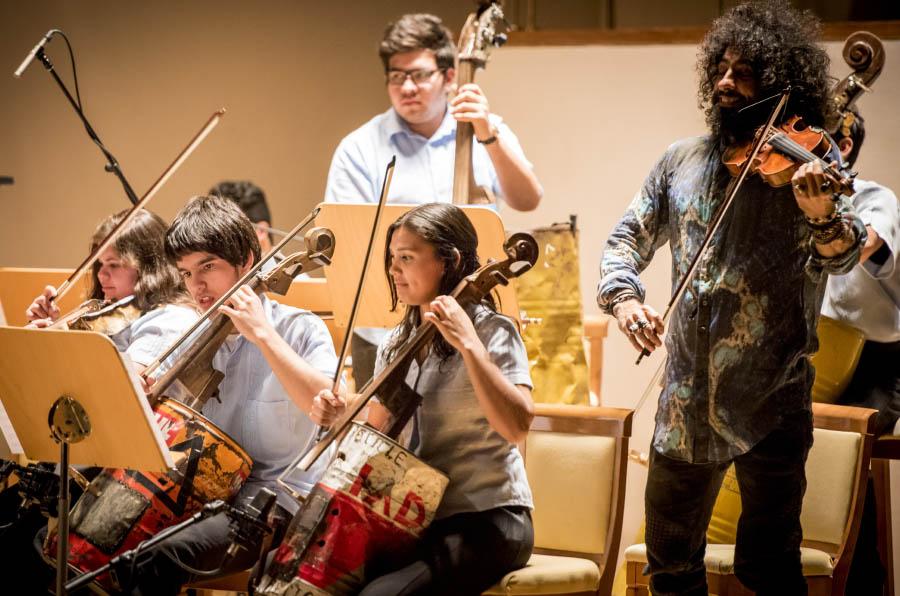 Música y reciclaje suben al escenario de la mano de jóvenes en riesgo de exclusión