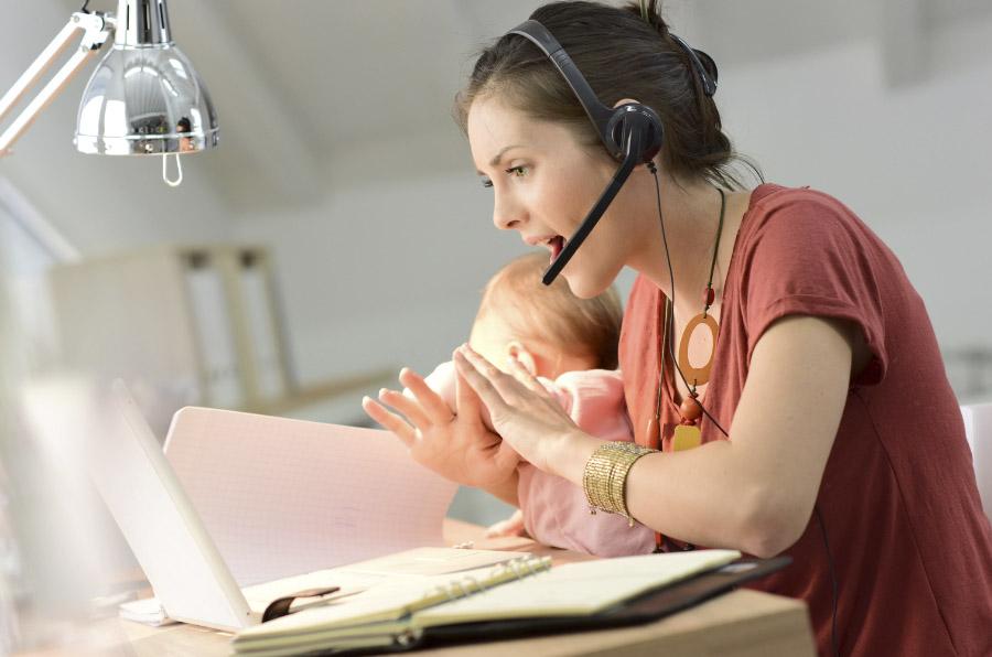 Las 8 medidas que te ayudarán a conciliar hijos y trabajo en 2017