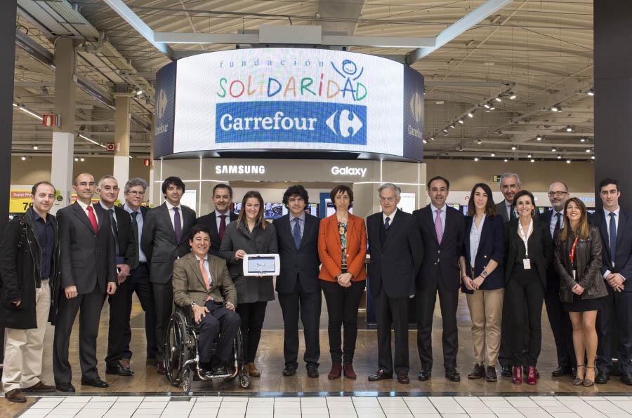Carrefour, accesible a las personas sordas a través de la lengua de signos