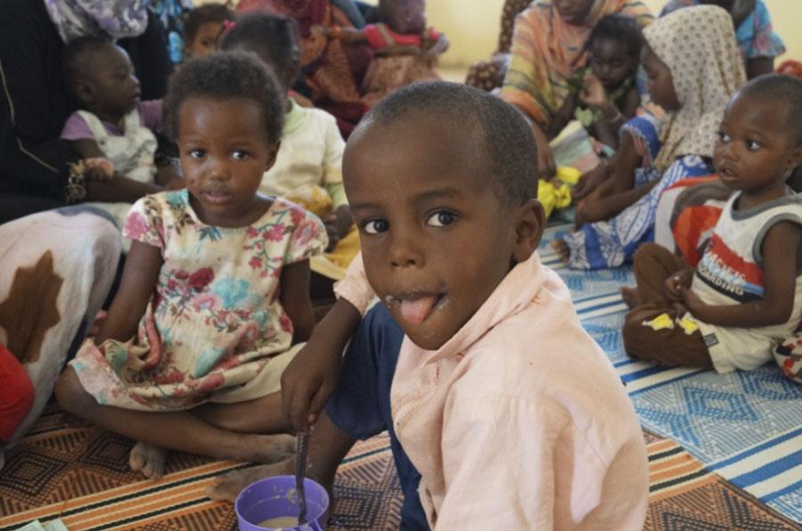 Cerca de 10.000 menores de 5 años mueren al día por malnutrición