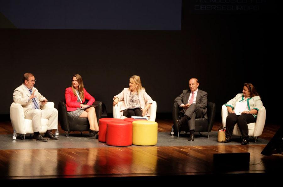 Estimular las vocaciones técnicas en las jóvenes para reducir la brecha de género