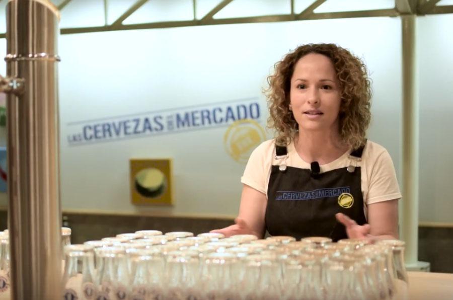 <p>Lorena Torres logró su puesto de camarera a través de Novaterra.</p>