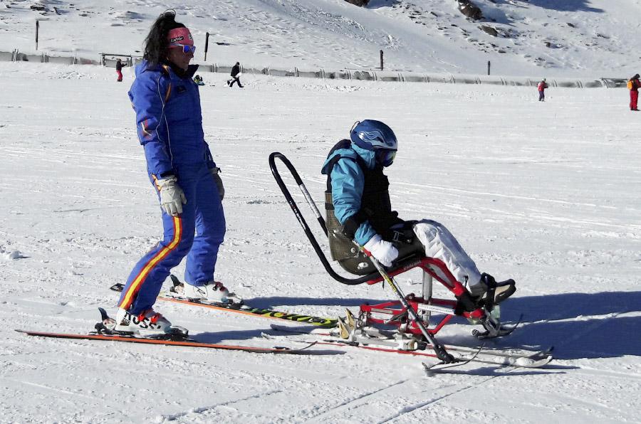 <p>Esquí alpino, esquí náutico, golf, equitación o buceo, entre otros, se practican en la Fundación Deporte y Desafío.</p>