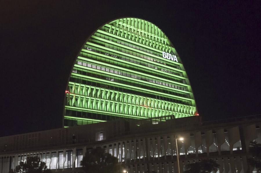 <p>Edificio La Vela (Ciudad BBVA).</p>