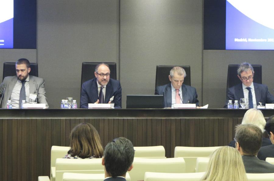 Las sociedades cotizadas españolas mejoran el diálogo con sus 'stakeholders'