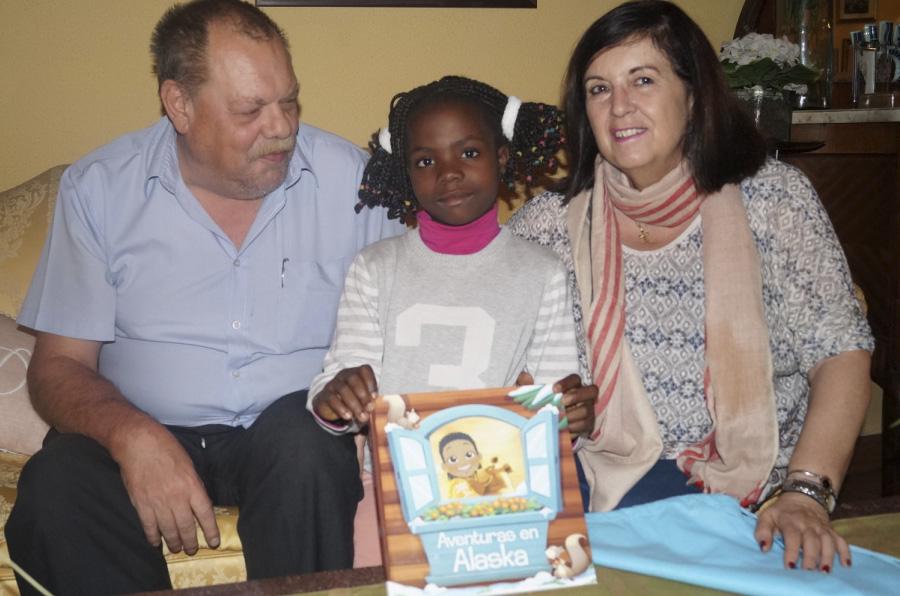 Mumablue dona libros personalizados a los niños enfermos de Tierra de hombres