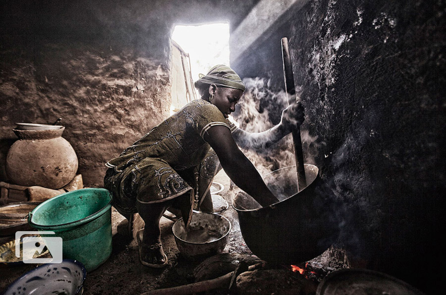 Cruz Roja acerca los ODS a los ciudadanos a través de 17 fotografías 'sin derechos'