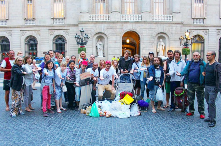 <p>#todosdurmiendoenlacalle es una iniciativa de sensibilización ciudadana. Foto: Homeless Entrepreneur</p>
