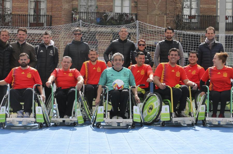 <p>Presentación en Madrid de la nueva disciplina deportiva, el fútbol en silla o 'A-Ball'.</p>