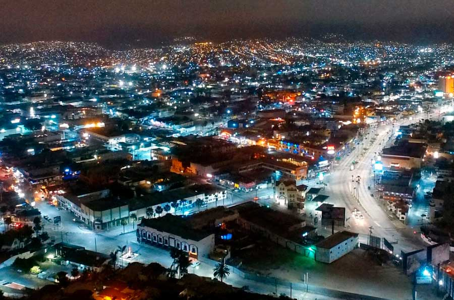 <p>Optima Energía ha instalado 28 mil luces LED de alta eficiencia en Ensenada (México). Foto: MGM Innova Group.</p>