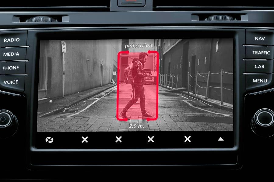<p>Xentinel es un dispositivo capaz de detectar distracciones en el conductor así como la presencia de agentes externos.</p>