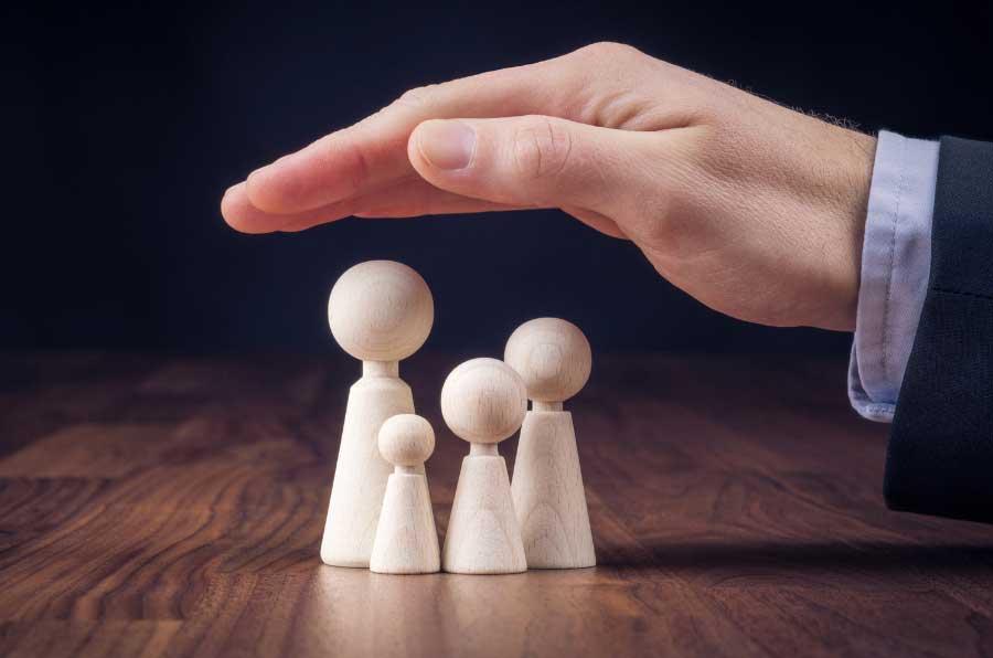 Las aseguradoras confían a las 'Big Four' su informe sobre solvencia en contra del buen gobierno