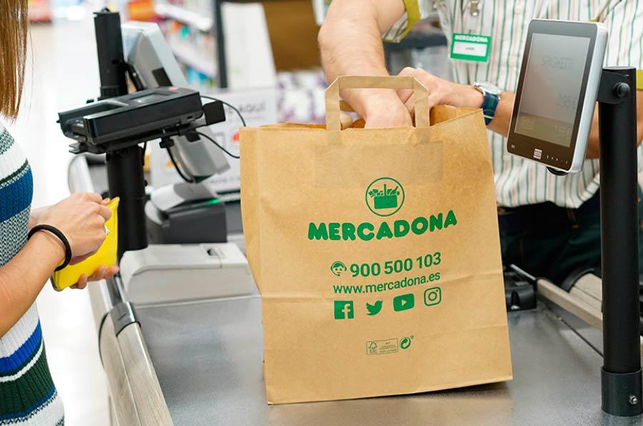 Mercadona terminará de eliminar las bolsas de plástico de un solo uso en 2019