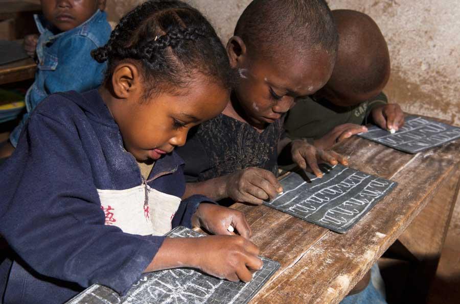 Día Mundial de la Alfabetización: caminando juntos de la A a la Z