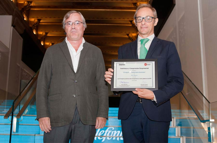 <p>Javier Martín Cavanna, Compromiso Empresarial, yDavid Camps, director de Marketing y Comunicación en Fundación DKV.</p>