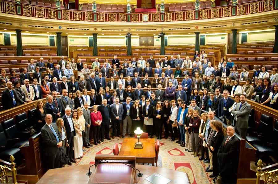 Avances en el Parlamento: haciendo leyes con base científica
