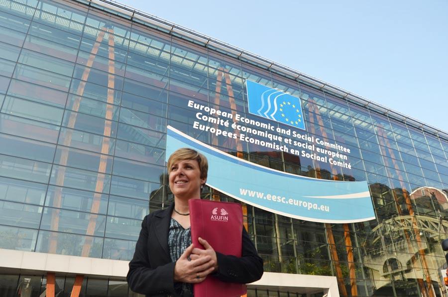 <p>Patricia Suárez en Bruselas, presentando los resultados de Finsalud.</p>